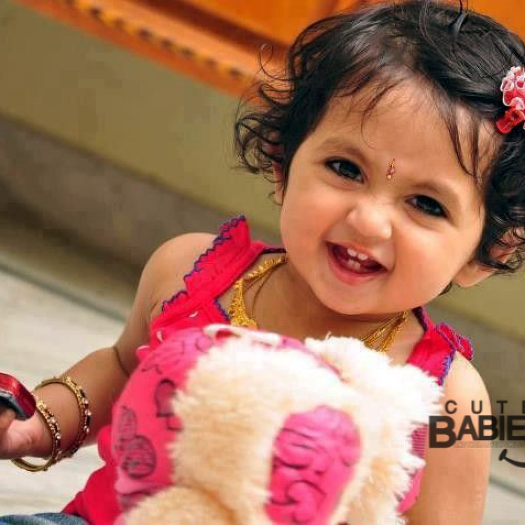 Indian_Baby_girl_images_08_my_baby_smiles