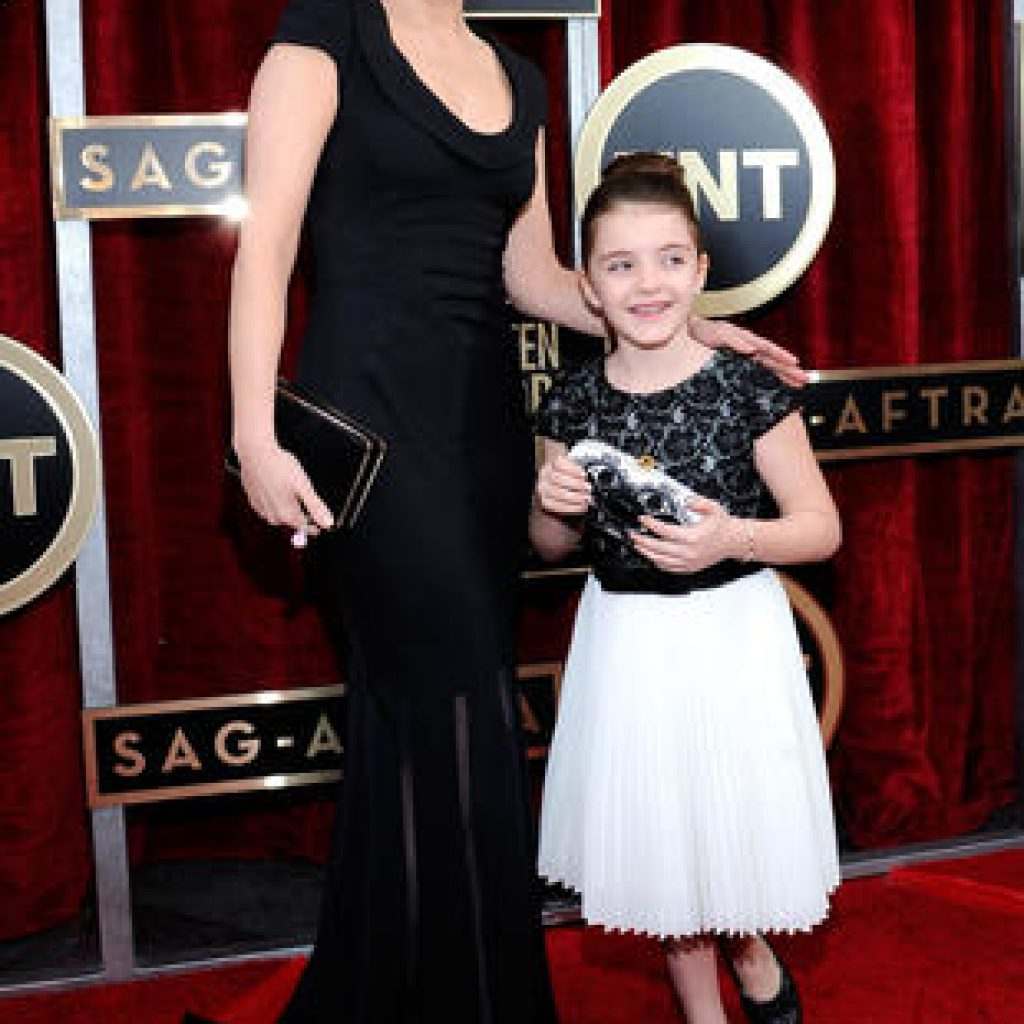 20th Annual Screen Actors Guild Awards – Red Carpet
