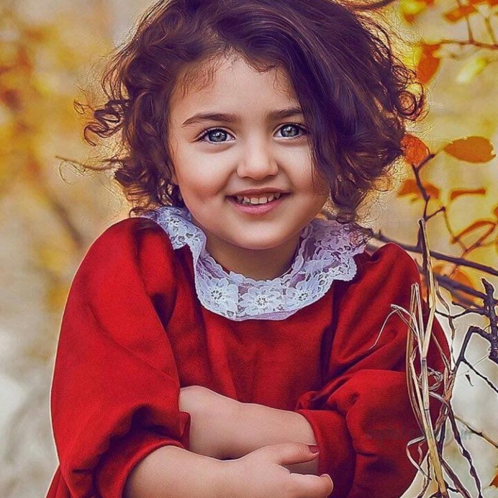 Anahita-2BHashemzadeh-2Bin-2BRed-2BColor-2BDress